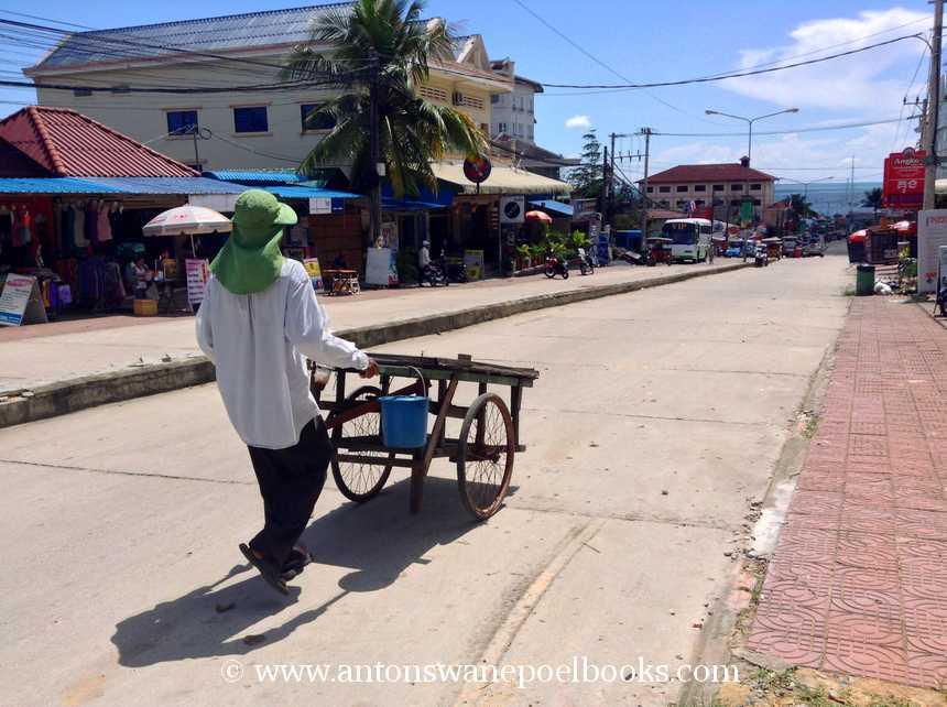 snail cart cambodia